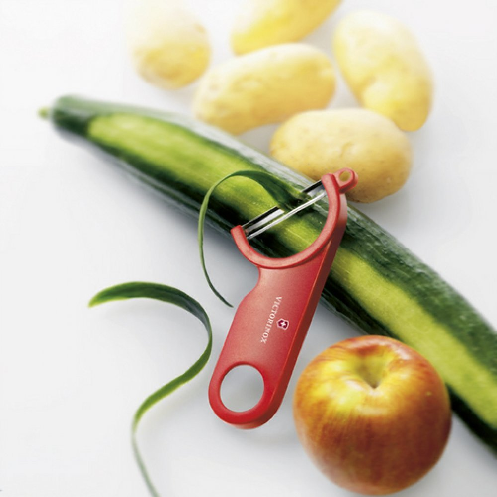 Нож для чистки овощей Victorinox 7.6073 Swiss Peeler красный 7.6073