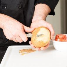 Кухонный кованый профессиональный нож Victorinox для овощей 7.7183 7.7183
