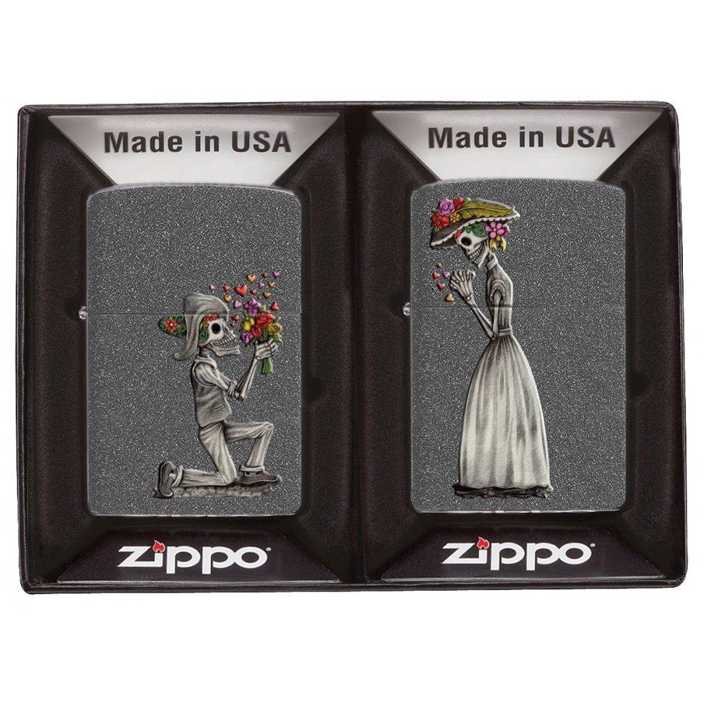 Набор ZIPPO Влюбленные зомби из двух зажигалок с покрытием Iron Stone™, серые, матовые 28987